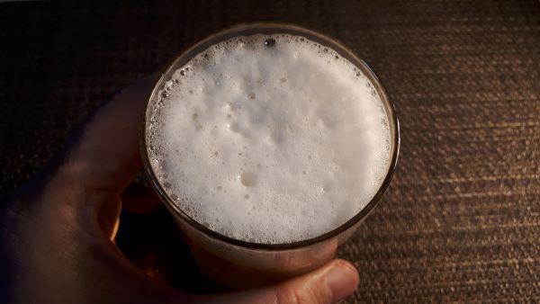 麦とホップを飲むところ(オリジナル写真)