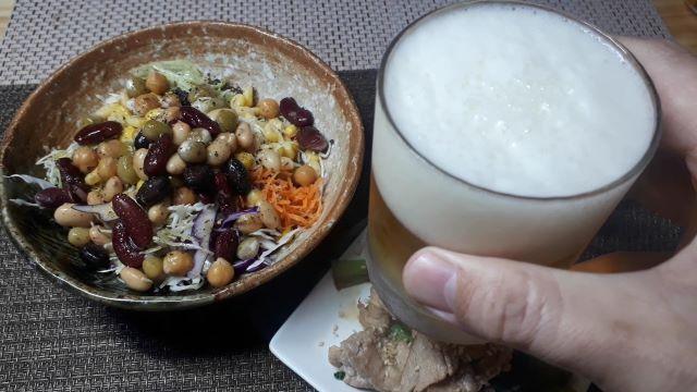 サッポロ「麦とホップ」を飲む(オリジナル写真)