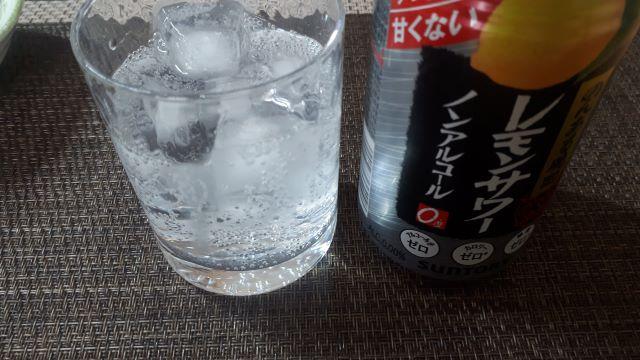 「のんある晩酌 レモンサワー ノンアルコール」(オリジナル写真)